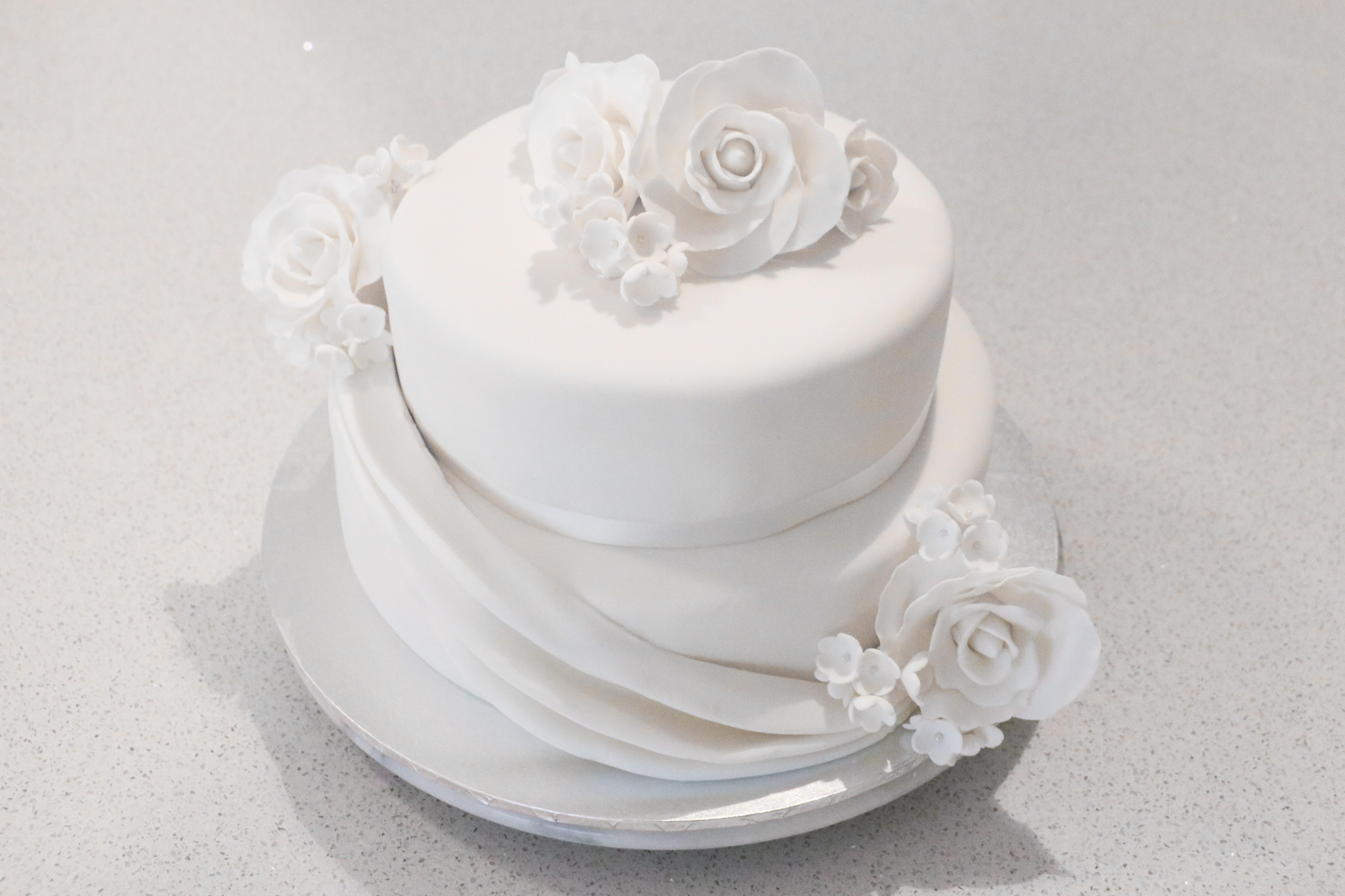 2-tier White Choc Mud Wedding Cake