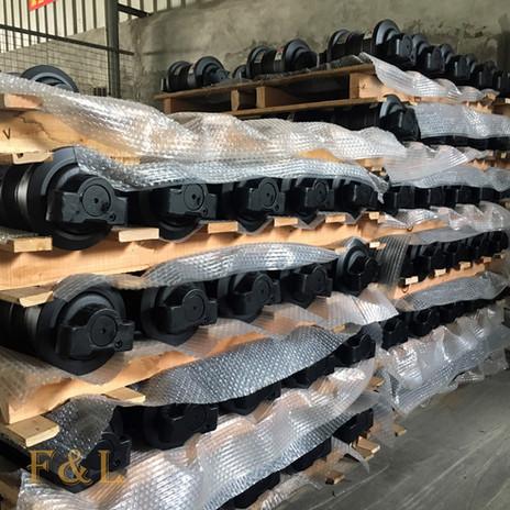 Excavator bulldozer Track roller F&L -7.