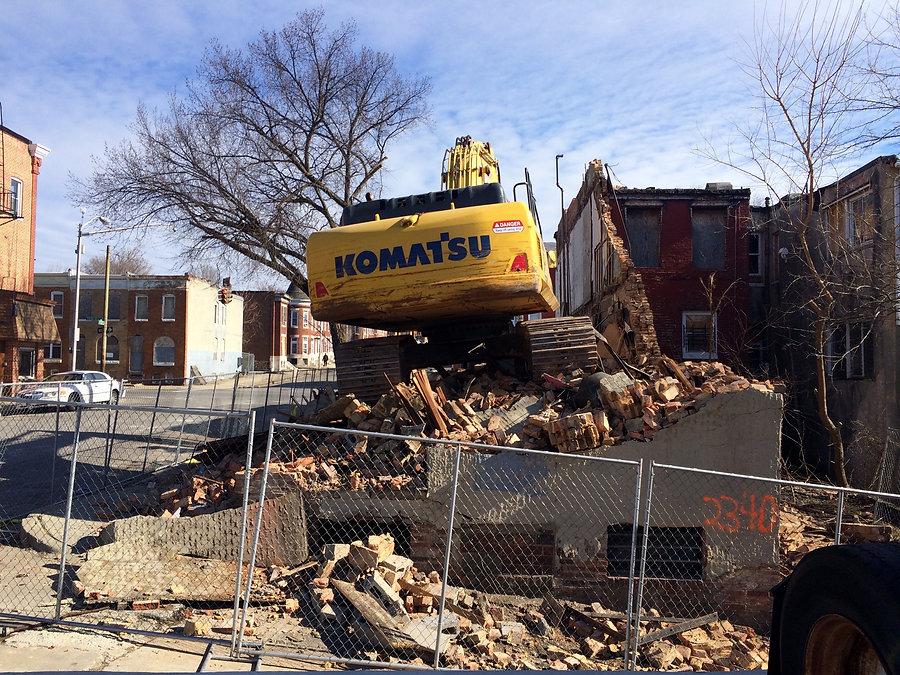 Demolition_site,_Former_Little_Willie's_
