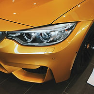 headlight-916403_1920.jpg