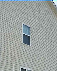 rust-stain-removal-on-vinyl-siding-charl