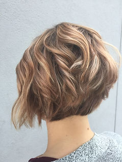 pixie hair cut rose gold haircolor balayage