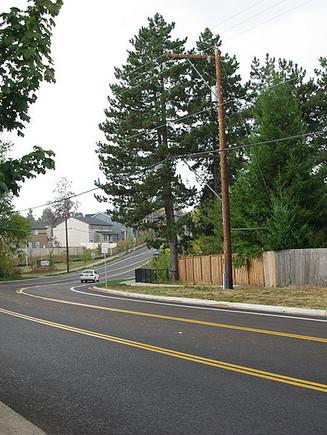 800px-Bull_Mountain_Road_in_Tigard_Oregon.JPG