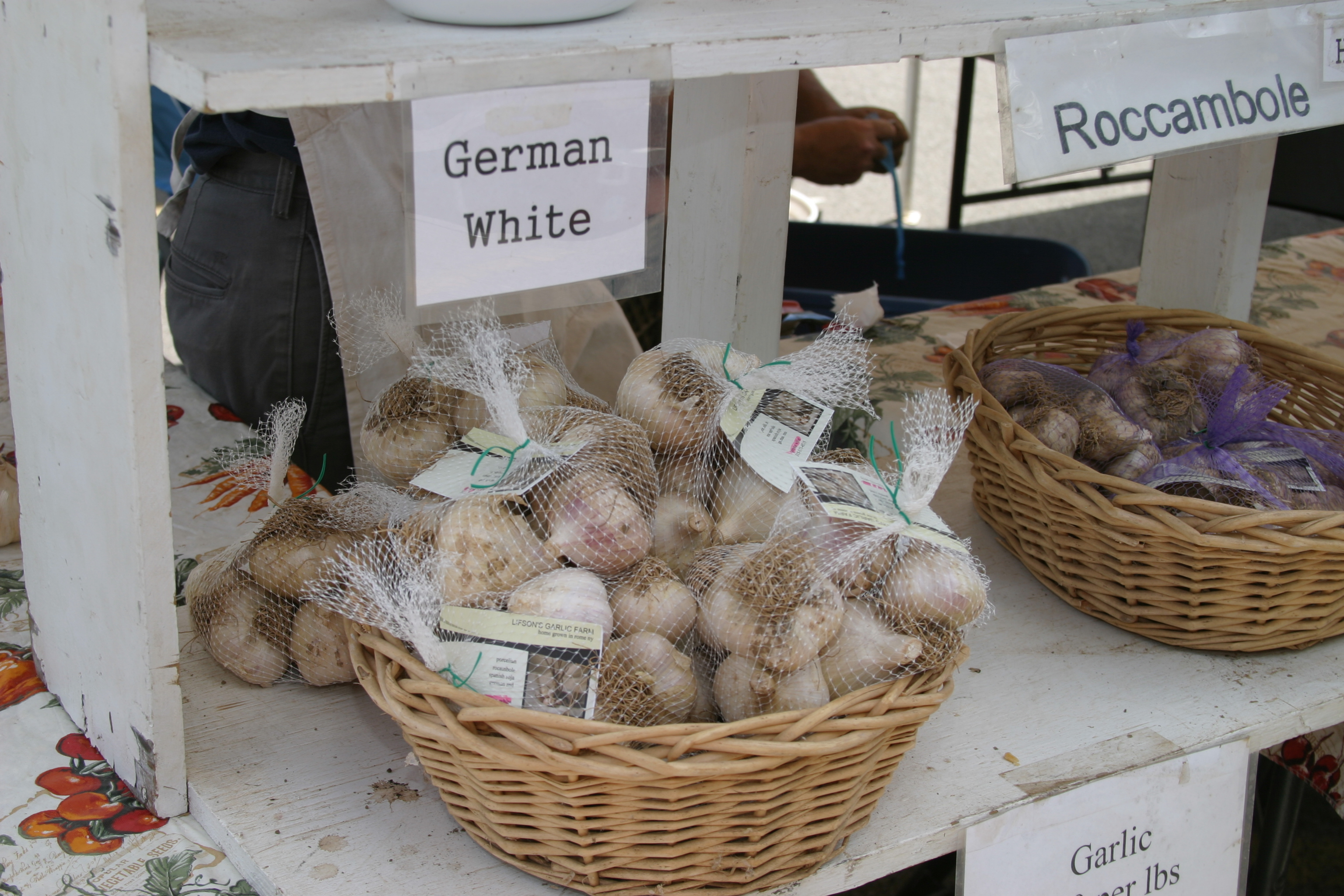Garlic Vendors Galore!