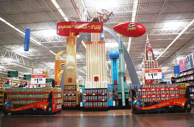 The world's largest Pringles display