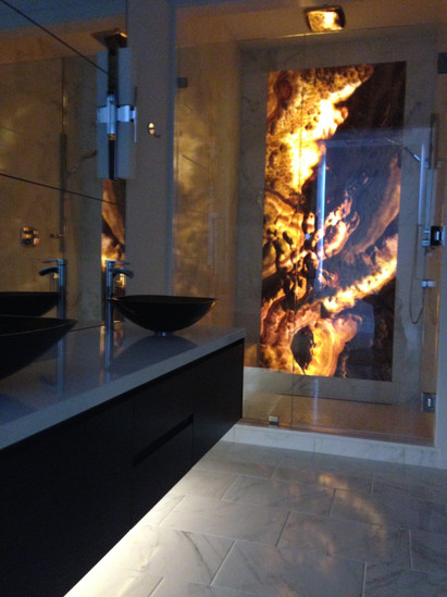 Backlite Onyx in Shower