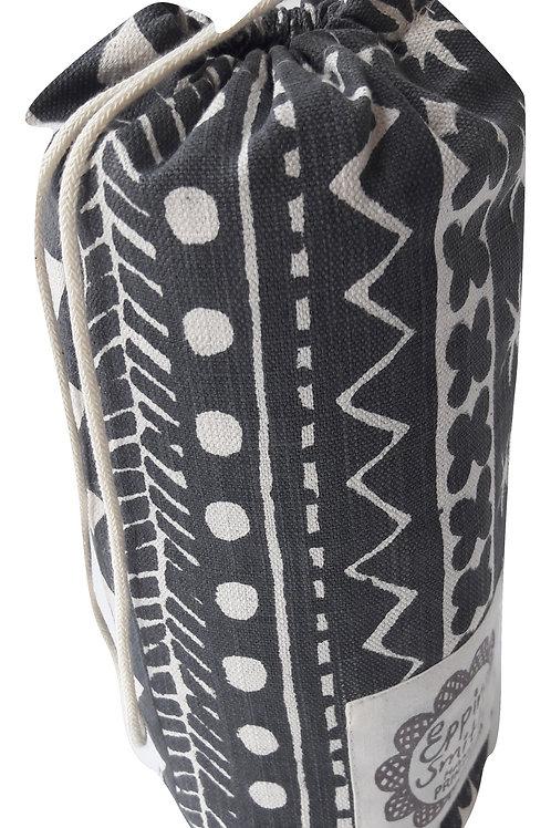 Travel Cushion, Maris Stripe, Soft Black