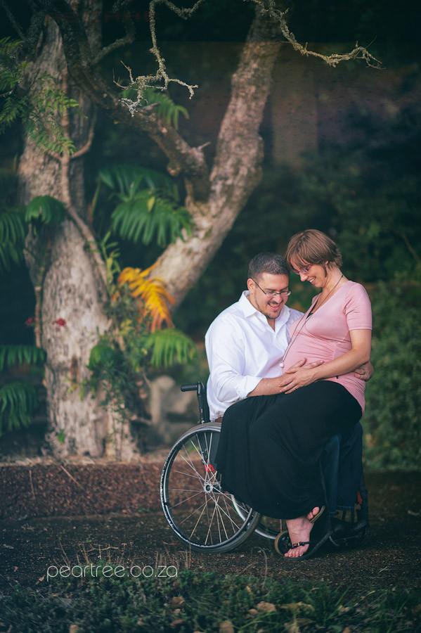 wheelchair pregnant photography