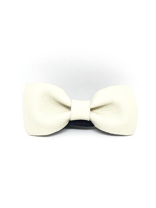 """Noeud papillon - Précieux """"cuir blanc cassé"""""""