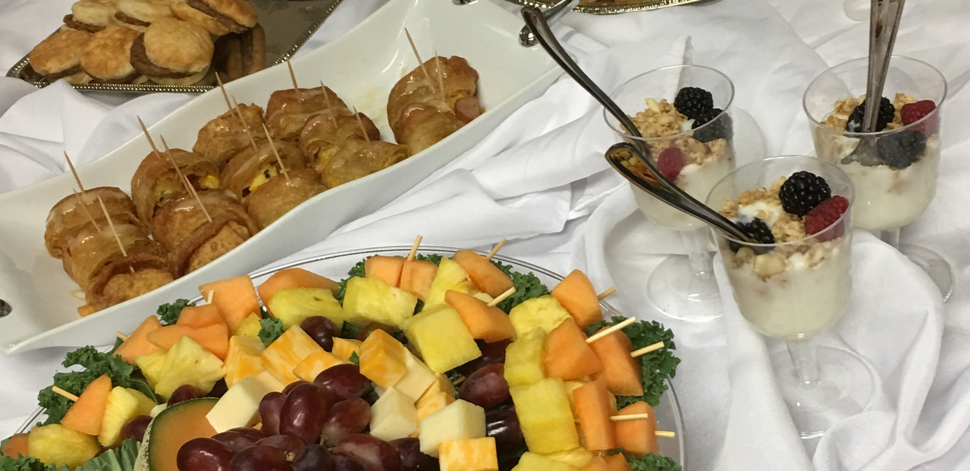 hors du vors breakfast buffet.jpg