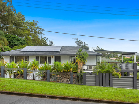 UNDER CONTRACT.....2 Keperra St, Keperra