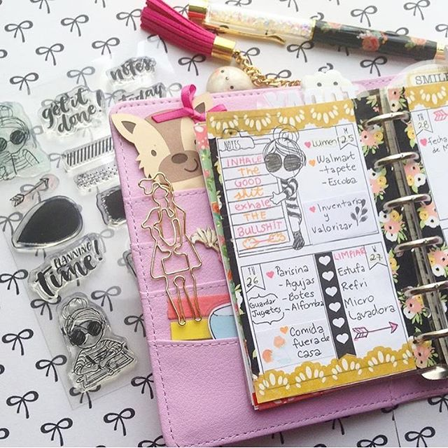 Thank you _prettyfiloplanner  for sharing your lovely pages using the Miss Lily Shades stamps it tem
