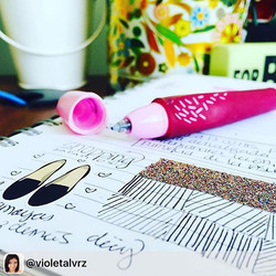 _violetalvrz using the everyday life sticker set! 😍