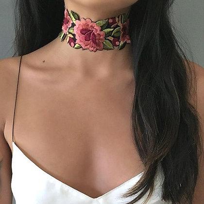 Collier Choker Brodé Gypsy Rose Garden