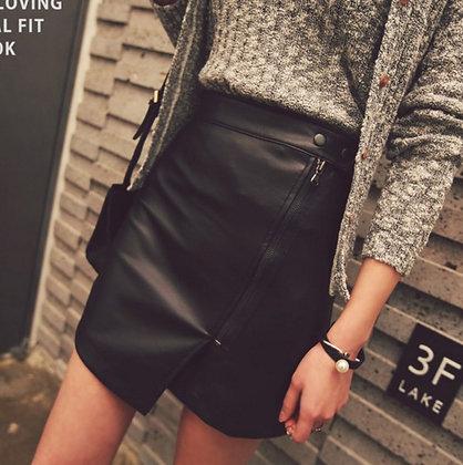 Jupe Asymétrique PU Cuir Taille Haute Zip Irregular Black Leather Skirt Gia