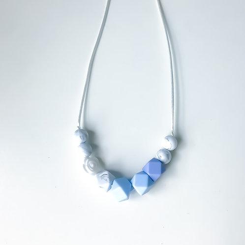 Camillia Necklace - Winter