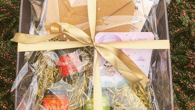 Spanish Hamper Gift Box