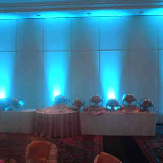 Decorative room lighting in any color