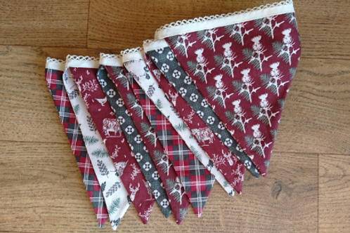 10 Flag Scottish Themed Bunting - Red