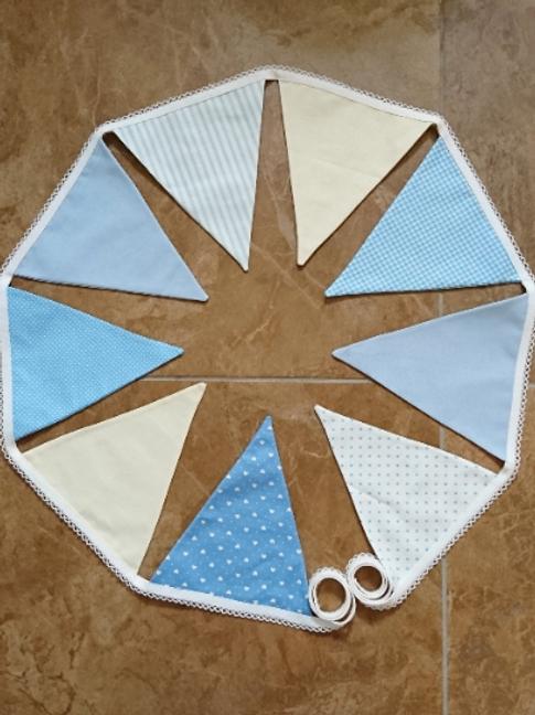 9 Flag Blue/Cream Themed Bunting