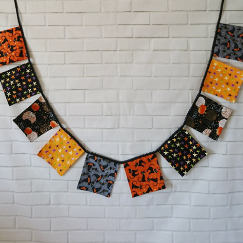 10 Square Flag - Halloween Bunting