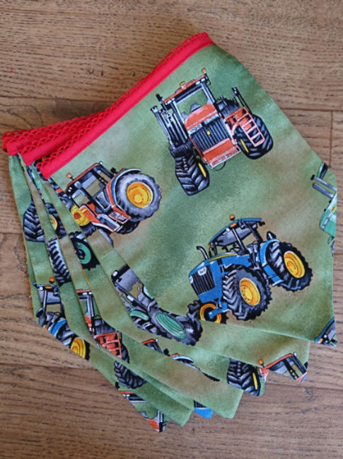 7 Flag -Tractor bunting - Spearhead shape