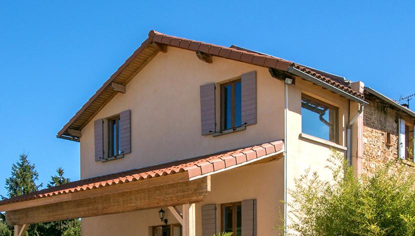 Terrasse grand gite Bagnols rhone.jpg