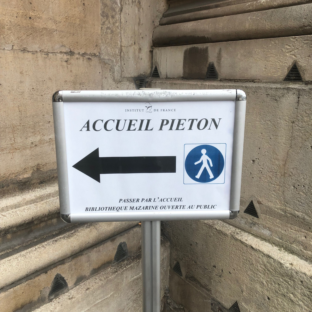 Direction for library visitors