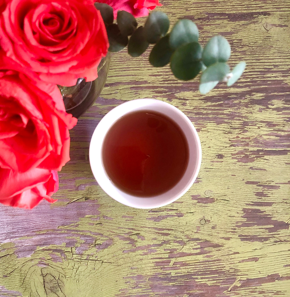THE HUE: Rose Pouchong with Rose Buds  | The Rare Tea Co.