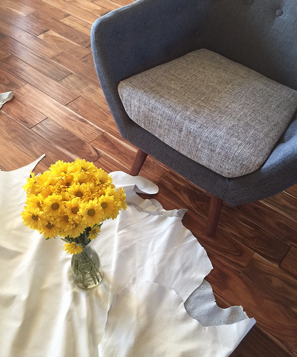 Retro Grey Chair | Authentic Cowhide (White Leather) | Yellow Daisies