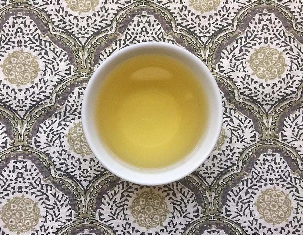 THE HUE: Wen Shan Bao Zhong | Origins Tea