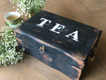 DIY: Second-hand Jewelry Box Into Rustic-chic Tea Box!