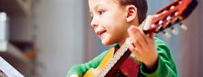Apprentissage précoce de la musique : un atout pour la scolarité