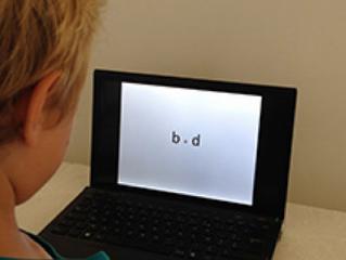 """Lecture : pourquoi est-ce difficile de différencier """"b"""" et """"d"""" ?"""