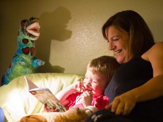 Lire une histoire avant l'heure du coucher : quels impacts sur le cerveau du jeune enfant ?