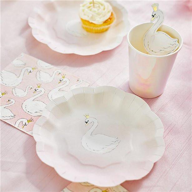 Lovely Swan Paper Plates