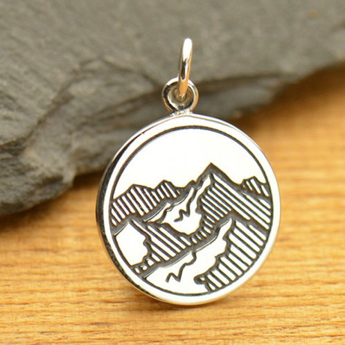 """1663. 3d ETCHED MOUNTAIN RANGE (SPECIFY 16"""" OR18"""" CHAIN)"""