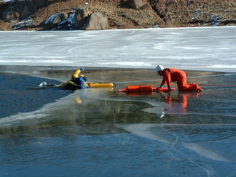 774_ice_rescue_2.jpg