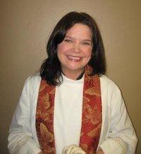 Pastor-Kelle-staff-pic1.jpg