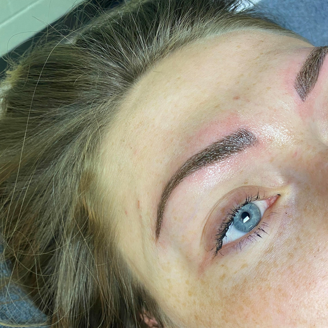 Dr Fly Salon Microblading 16.png