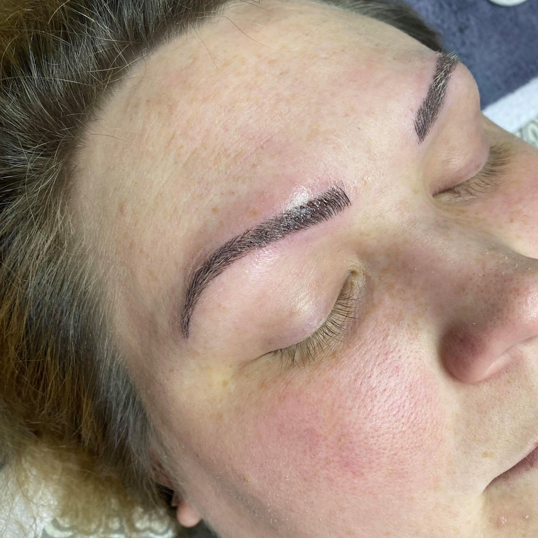 Dr Fly Salon Microblading 13.png