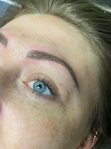 Dr Fly's Microblading_0004_104401205_272