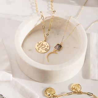 Jewellery_Photographer_Gold_Necklaces.jpg