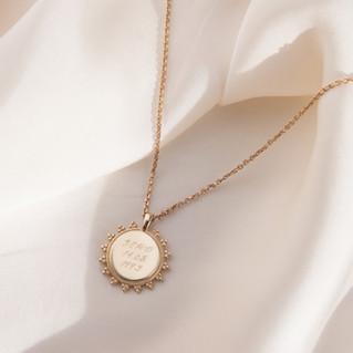 Pendants, Necklaces, Gold Jewellery, Silver Pendants, Jewellery Photographer, Jewellery Photography, Bristol Jewellery Photographer, jewellery Photos UK, Silk, Beige, Professional Jewellery Photography UK.jpg