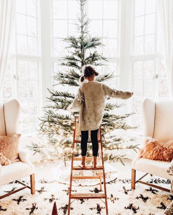 Christmas, Jewellery, Christmas Tree, Cosy, Jewellery Brand, Business Marketing Christmas 2020, Marketing Tips For Jewellery Brands, Marketing For Jewellery Brands Christmas 2020