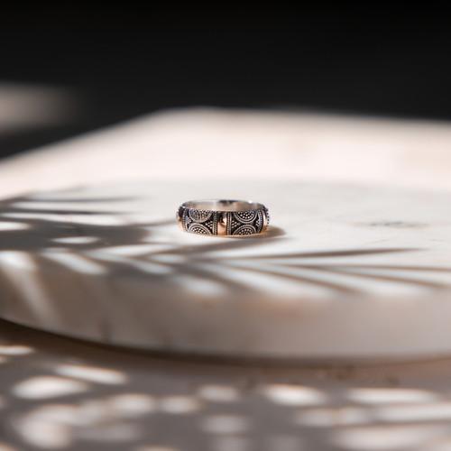 Ring, Jewellery Photographer Lodnon.jpg
