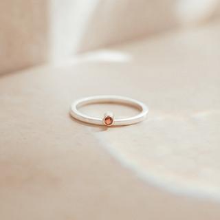Saphire ring, Jewellery Photographer.jpg