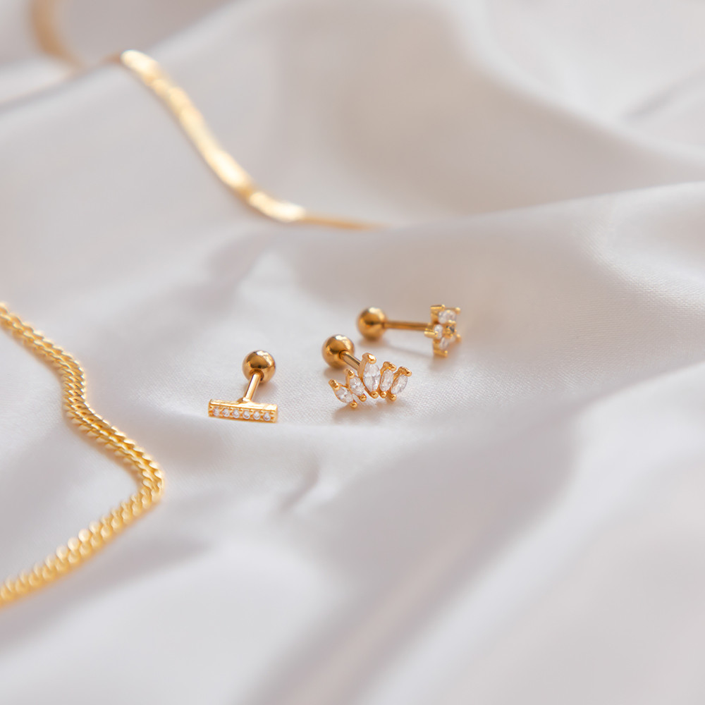 DIY Jewellery Photography, Jewellery Photographer, Jewellery Photography, Earrings, Gold Jewellery, Gold Studs, Gold Necklaces, Necklace, Chain Necklace