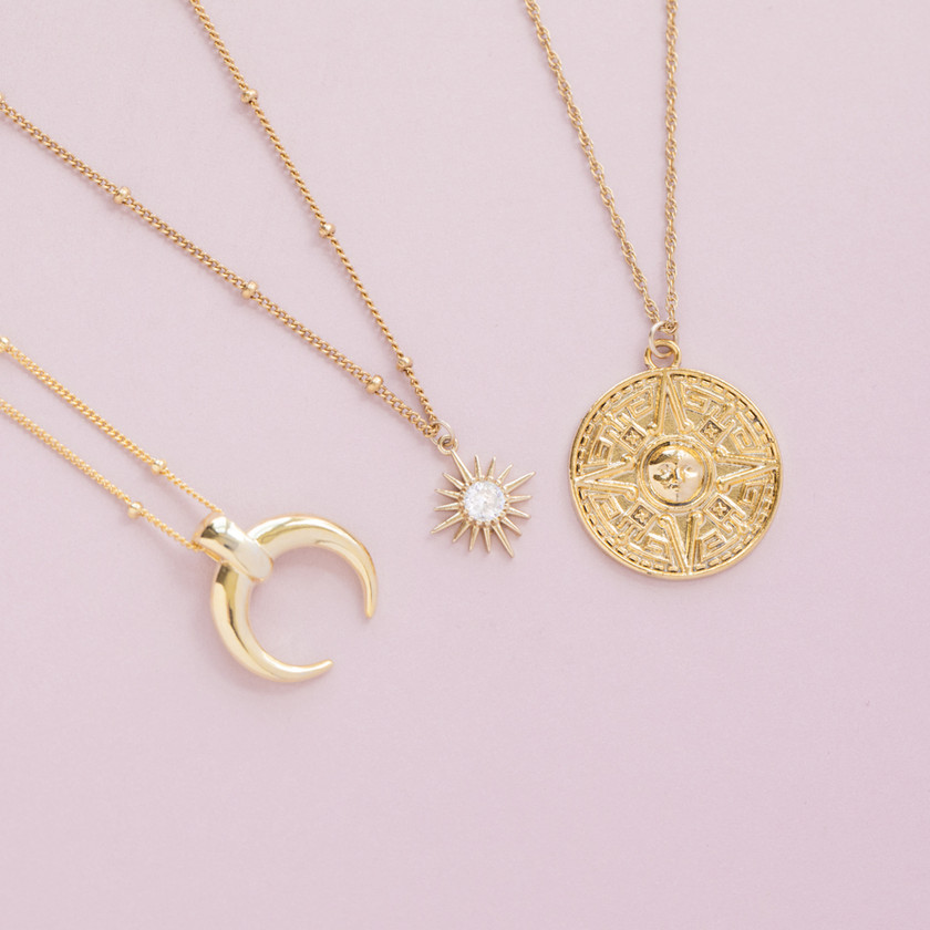 Jewellery Photographer, Jewellery Photography, Gold Necklace, Fold Jewellery, Instagram Content Creation For Jewellery Brands, Chocianaite Photography
