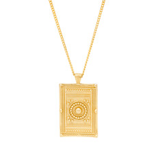 Jewellery Pack Shot Photography Gold Necklace.jpg